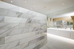 """Overall design of commercial complex """"NEWoMan"""" directly connected to JR Shinjuku station, including creation of design regulation for tenant part Toilette Design, Washroom Design, Commercial Complex, Bathroom Toilets, Bathrooms, Creative Box, Factory Design, Stone Tiles, Bathtub"""