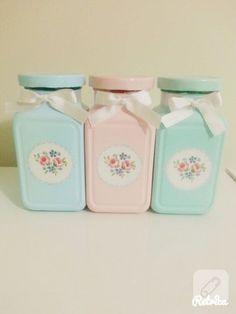 1 million+ Stunning Free Images to Use Anywhere Mason Jar Projects, Mason Jar Crafts, Mason Jar Diy, Diy Bottle, Bottle Crafts, Upcycled Crafts, Diy Home Crafts, Shabby Chic Kitchen Accessories, Decoupage Jars