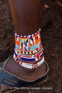 Africa | Maasai beadwork, Kenya | © Ariadne Van Zandbergen