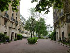 Square Henry Paté (1929) Paris 75016 Architecte : Pierre Patout.