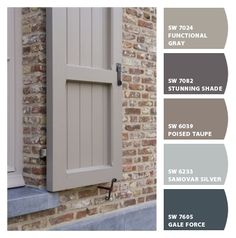 Best front door colors with red brick ranch window boxes ideas House Exterior Color Schemes, Exterior Paint Colors For House, Paint Colors For Home, Exterior Shutter Colors, Exterior Siding Colors, Exterior Shutters, House Shutter Colors, Orange Brick Houses, Red Brick Homes