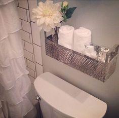 Мини-полки в ванной