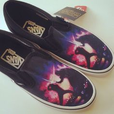 Vans x Star Wars Luke Skywalker vs Darth Vader artwork shoes (Journeys exclusive) ⭐️ Star Wars fashion ⭐️ Geek Fashion ⭐️ Star Wars Style ⭐️ Geek Chic ⭐️