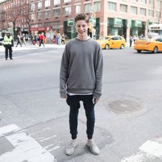 CEO of Flogg is 16-year-old Ben Pasternak, an Australian high school drop-out.