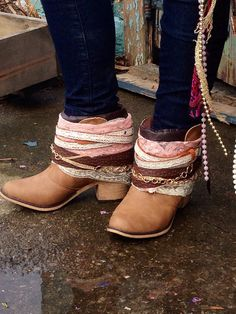 Size 6-10 Hippie GIRLY Boho Women's Boots