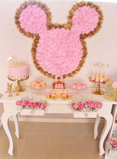 Pink and gold minnie mouse