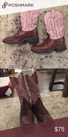 """Justin Pink/brown square toe boots size 6.5 Such cute """"work"""" boots! Size 6.5 pink/brown Justin boots with a square toe! Justin Boots Shoes Combat & Moto Boots"""