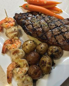 Why go out when you can cook at home? #Toronto #Friday #The6 #TheSix #TDot #TorontoFood #TorontoLife #DateNight #Food #Foodie #FoodPorn #FoodieChat #FoodieChats #FoodStamping #Steak #Shrimp #Scallops #RibEye #MeatPorn #Meat #FollowMe #FollowBack #IGDaily #IronChef #PhotoOfTheDay #Gastropost #AnovaCulinary #SousVide #HomeCooking #HomeMade by mattjhcheung