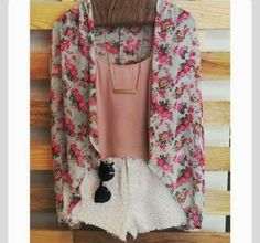 How to Chic: FLOWER KIMONO - OUTFIT SET