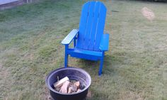 Pallet Adirondack Chair: Here's a fun way to reuse wood. Make this Adirondack chair from shipping pallets or other reclaimed lumber. Adirondack Chair Plans, Adirondack Furniture, Outdoor Garden Furniture, Garden Chairs, Pallet Furniture Plans, Reclaimed Wood Furniture, Diy Furniture, Pallet Crafts, Diy Pallet Projects