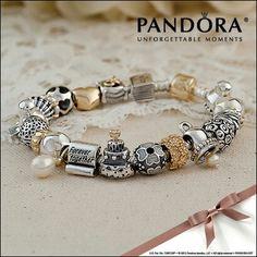 Pandora wedding bracelet...amazing Pandora Bracelet Silver Gold  Bijoux et charms à retrouver sur www.bijoux-et-charms.fr