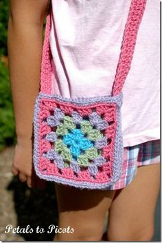 Granny Square Purse Crochet Pattern from @Petals to Picots Crochet