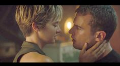 "Final 'Divergent Series: Insurgent' Trailer: ""Stand Together"""