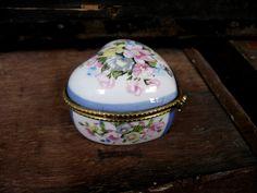 Heart Jewelry Box - Ceramic Trinket Box - Floral Box - Trinket Stow - Heart Trinket Box - Heart Box - Vintage Trinket Box - Flower Box by MissieMooVintageRoom on Etsy