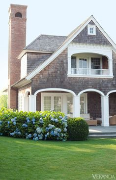 Beautiful in Bridgehampton New England shingle style as Lynwood Cottage Bristol