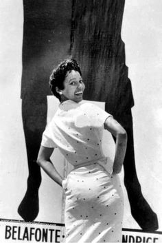 Dorothy Dandridge became the first African American actress to attend the Cannes Film Festival in May of Dorothy Dandridge, Clark Gable, Old Hollywood Stars, Classic Hollywood, Cannes, African American Fashion, Black Actresses, Hollywood Actresses, Vintage Black Glamour
