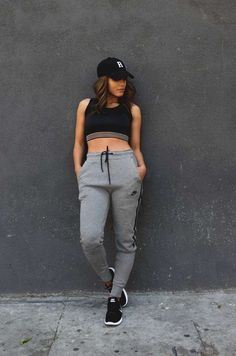 30 Stylish Summer Workout Outfits for Women - Gym Outfits for Women ... 4a99d2c49