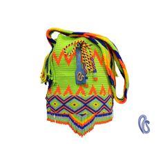 Mochilas Wayuu con aplique en chaquira de los Indigenas Embera Chami de Colombia Email- contact@najash.co