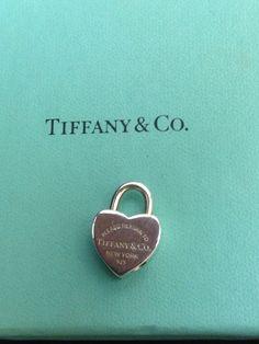 Ciondolo Tiffany lucchetto cuore