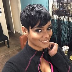 67 Pixie Hairstyles and Haircuts in 2019 - Hairstyles Trends Black Women Short Hairstyles, Cute Hairstyles For Short Hair, Short Hair Cuts For Women, Curly Hair Styles, Natural Hair Styles, Pixie Hairstyles, Short Haircuts, Trendy Hairstyles, Mommy Hairstyles