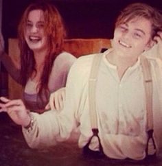 Kate Winslet and Leonardo DiCaprio Titanic Leonardo Dicaprio, Leonardo Dicaprio Movies, Titanic Movie, Rms Titanic, Sad Movies, 2 Movie, Titanic Behind The Scenes, Leo And Kate, Jack Dawson