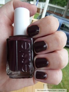 carry on by essie #nailpolish for the chocoholic in me