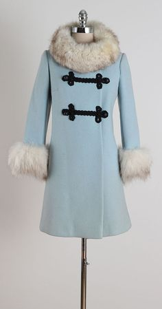 Robins Nest . vintage 1960s coat . princess by millstreetvintage
