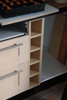 rangement bouteilles sur pinterest cuisine ikea cuisine. Black Bedroom Furniture Sets. Home Design Ideas