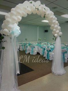 nice balloon arch!!!!!!! Entrance