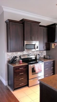 Distinctive Interiors Birch Cabinets In An Espresso Stain