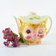 Vintage Winkin Kitty Teapot Winking Enesco Buttercup Line Teapot - Ceramic Cat Teapot - Mid Century Animal Teapot Tea Pot