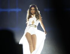 Jennifer Lopez is on fire! She strutted her stuff onstage during her performance in Singapore on Sunday.