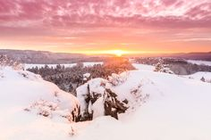 derliebewolf posted a photo:  The great thing about shooting sunrise in winter is that you don't really need te get up early. So I set my alarm to 0600 and by 07:20 we were at the top of this small sandstone mountain right in time for blue hour.  The bad thing about shooting sunrise in winter is that it tends to be cold, especialy if there is snow. Now today was about -15°C (5°F) and waiting for about an hour or two allways results in cold hand and feet. At least there was not much wind.  To…
