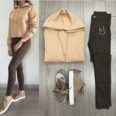 Which one 1 to Tap the link my bio to shop this👈 . Winter Fashion Outfits, Casual Fall Outfits, Simple Outfits, Classy Outfits, Look Fashion, Chic Outfits, Trendy Outfits, Korean Fashion, Teenage Outfits