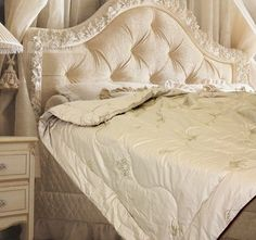 Quilted Blanket From Camel Wool 300G/M2,Sheep Wool 300G/M2- Polysatin Model Demi