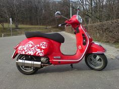 Modern Vespa : racing look