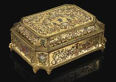 A GILTBRONZE MOUNTED TORTOISESHELL, STAINED HORN AND BRASS MARQUETRY CASKET, LOUIS XIV