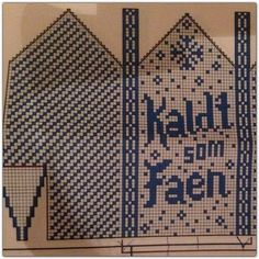 Knitted Mittens Pattern, Crochet Mittens, Fingerless Mittens, Knit Crochet, Knitting Charts, Knitting Socks, Knitting Patterns Free, Norwegian Knitting, Knitting Accessories