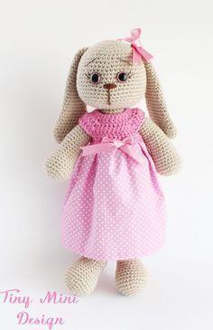 Merhabalar,  Uzun zaman oldu yazmayalı..  Sizlerle yabancı bir dergi için hazırladığım tavşanımın tarifini paylaşacağım bugün.  Resimli olan...