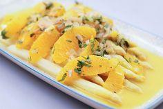 Spargel geschmort mit Orangen und Estragon