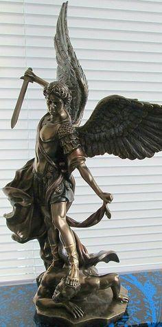 Archangel St Micheal Slaying the Devil Statue Angel Sculpture, Sculpture Art, Saint Michael Statue, St Micheal, Michael Art, Spiritual Pictures, Kunst Online, Angel Tattoo Designs, Memorial Tattoos