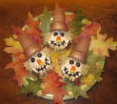 party animals, halloween parties, craft, fall parties, halloween cupcakes, fall treats, thanksgiving cupcakes, scarecrows, scarecrow cupcak