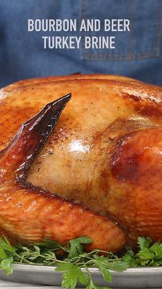 Smoked Turkey Brine, Best Turkey Brine, Roasted Turkey, Roast Turkey Recipes, Healthy Thanksgiving Recipes, Thanksgiving Appetizers, Thanksgiving Videos, Thanksgiving Turkey, Turkey Side Dishes