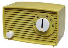 Funky Yellow (SW 6913) retro radio #yellow