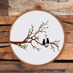 Funny & Cute - Ritacuna Color Patterns, Print Patterns, Everything Cross Stitch, Cat Cross Stitches, Creative Arts And Crafts, Cross Stitch Tree, Cat Decor, Modern Cross Stitch Patterns, Cat Sitting
