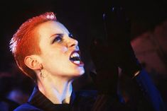 The 10 Best Annie Lennox Songs - Stereogum Annie Lennox Sweet Dreams, Annie Lennox Songs, Art Of Noise, Addicted To Love, Hair Reference, Sing To Me, Post Punk, Best Songs, Dance Music