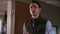 Patagonia fleece – Silicon Valley TV Show Scenes Silicon Valley Tv Show, Zach Woods, Comedy Tv Series, Patagonia Fleece, Tv Shows, Fashion Outfits, Image, Green, Fashion Suits