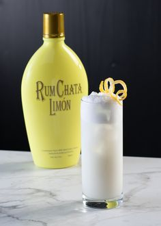 Rumchata Recipes, Drink Recipes, Rum Chatta Drinks, Vanilla Syrup, Limoncello, Summer Heat, Yummy Drinks, Happy Hour, Great Recipes