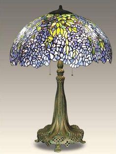 Art Nouveau Tiffany Style Wisteria Table Lamp