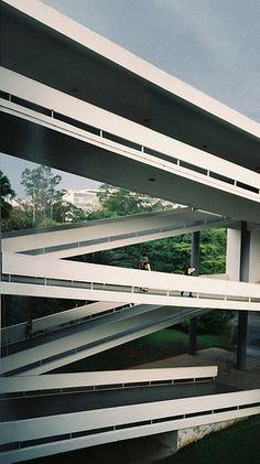 Pabellón de la bienal de Sao Paulo, Oscar Niemeyer, Parque Ibirapuera